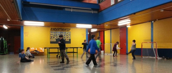 Fussball, Tischtennis in der Halle